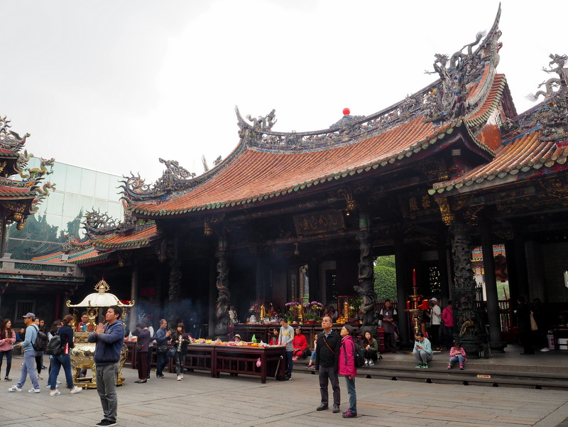 Taipei lunghan temple
